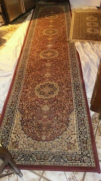 7ft by 2ft. Rug