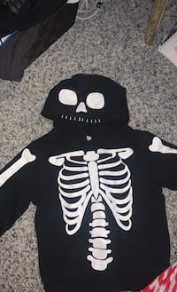 Boys Size 4 Pull Over H&M Brand
