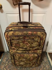 Vintage Pierre Cardin Expandable Suitcase Baltimore, 21205