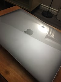 "MacBook 12"" clear case / screen and keyboard protector Toronto, M6A 2G3"