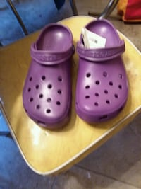 NWT Purple Crocs Sioux Falls, 57110