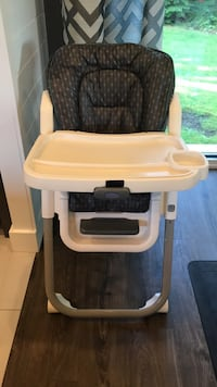 High chair Maple Ridge, V2X 3A9