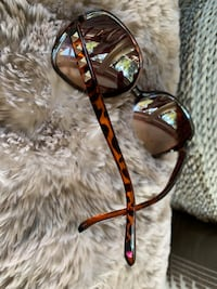 Betsey Johnson sunglasses West Bloomfield, 48324