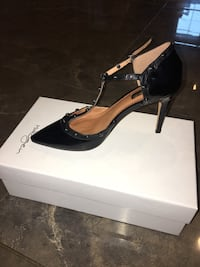 women's unpaired black pointed-toe pumps Eugene, 97403