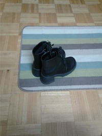 Ladies shoes size 6 Mississauga, L5B 1N2