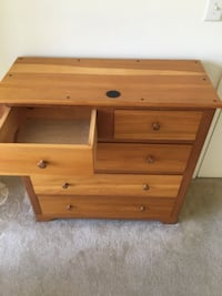 Wooden dresser  WASHINGTON