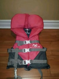 Pink  and gray life vest Dollard-des-Ormeaux, H9B 1R8