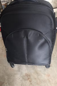 Samsonite Rolling luggage suitcase.  Ashburn