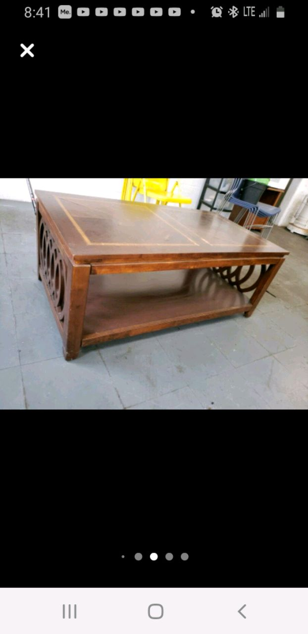Photo Antique coffee table