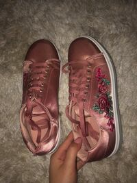 Rose gold sneakers! Toronto, M3H 1E2