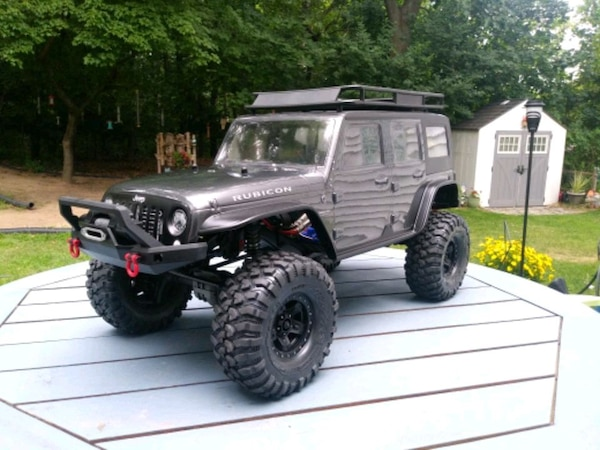 TRAXXAS CUSTOM TRX4 W/JEEP UNLIMITED BODY