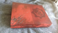 Gears Of War Edition Red Xbox One With Gears Of War 4 game installed Vancouver, V6B