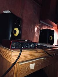 Vocal recording for rent Calgary