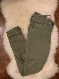 Bullhead Jeans green colour