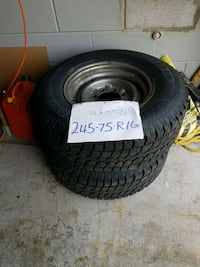 black auto wheel with tire Bradford West Gwillimbury, L3Z 1Z1