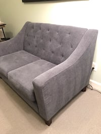Navy blue Loveseat Alexandria, 22304