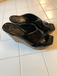 Black Jessica Simpson size 7 sandals selling for $20 obo  Germantown, 20876