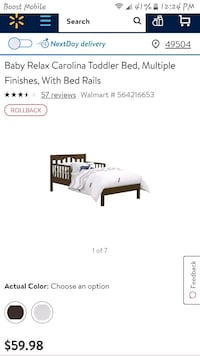 Wooden toddler bed  Grand Rapids, 49503
