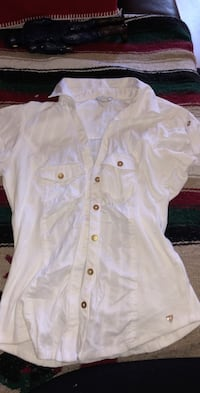 Small button up Kitchener, N2E 3K8