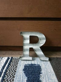 """Rustic Metal Letter """"R"""" 8 inches Mississauga, L5N 2B5"""