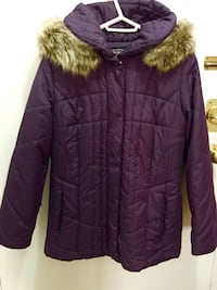 Northern Reflections- Women's purple winter coat in Grate   conditions size S fits size M too Hamilton, L8V 4K6