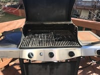 Gas Barbaque grill and deck table with 4 chairs Manassas
