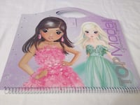 Cuaderno carpeta TOP MODEL. Alcorcón