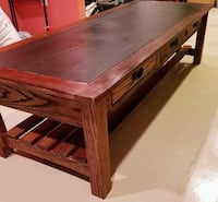 Solid oak coffee table Lincoln University, 19352