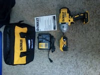 Dewalt cordless hand drill with battery charger Norman, 73072