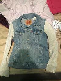 Levi's Jean jacket  Airdrie, T4A 1P9