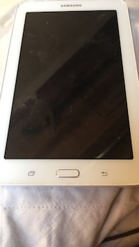 White lg android tablet was used for a month its restarted Brantford, N3T 6M5