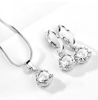 Silver Tone Solitaire DIAMOND CUT Crystal Necklace & Earrings Set Brampton, L7A 3M5