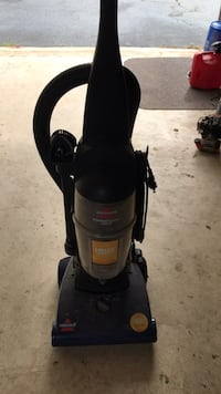 Bissell Powerforce Helix Vacuum Bristow, 20136
