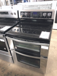 NEW Whirlpool Double Oven Electric Range Stove Huntington Station
