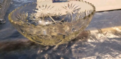 Vintage punch bowl cups