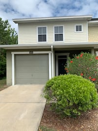 HOUSE For rent 3BR 2.5BA East Lake, 33610
