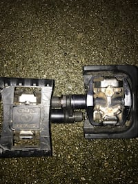 2 in 1 Shimano pedals Burnaby, V5E 1M8