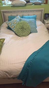 Bed Pillow set and blanket