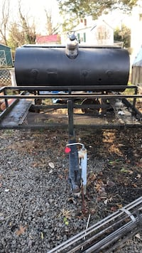 Black and gray gas grill Warrenton, 20186