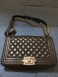 Black chanel quilted sling bag Bayonne, 07002