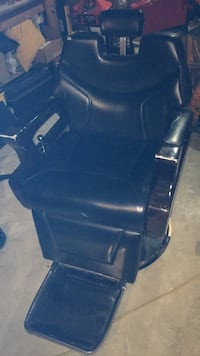 2010  Leather Barber Chair Martinsburg, 25401