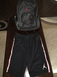 Jordan shorts and backpack The Colony, 75056