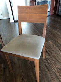 Crate&Barrel Bar Stools (for 4) Chicago, 60601