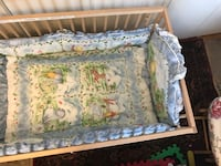 white and green floral bed sheet 33 mi
