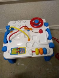 Toddler play table El Paso, 79936