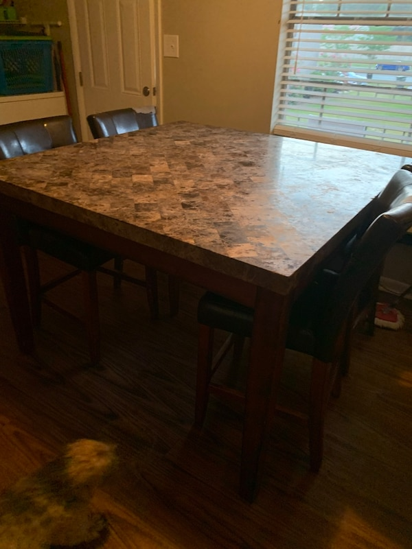 Swell Real Marble Granite Dining Table Thats Sit 6 To 8 Chairs I Am Let This Go For 400 Or Best Offer Gmtry Best Dining Table And Chair Ideas Images Gmtryco