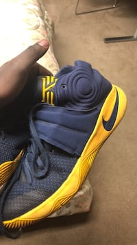 Kyrie 2 great condition size 13 (fit small) Edmonton, T6T 1E2
