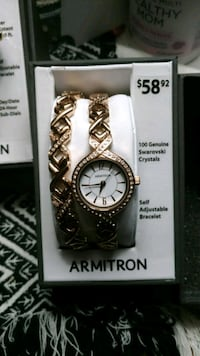 round gold-colored analog watch with link bracelet Pacolet, 29372