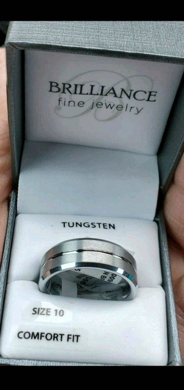 Photo MENS WEDDING RING SIZE 10 BRAND NEW NEVER USED STILL IN ORIGINAL PACKA
