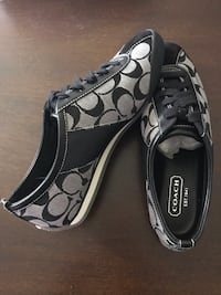 Coach Shoes Brand New size 7.5 Lombard, 60148